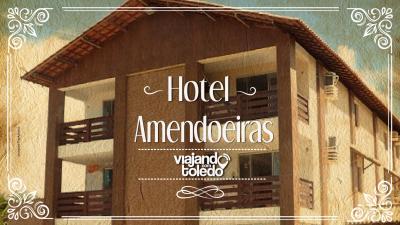 Hoje eu vou apresentar pra vocês o Amendoeiras Praia Hotel, uma opção muito interessante para ficar aqui em Prado, na Bahia, ele tem uma piscina muito interessante, fica na frente da praia e os apartamentos são espaçosos e confortáveis.